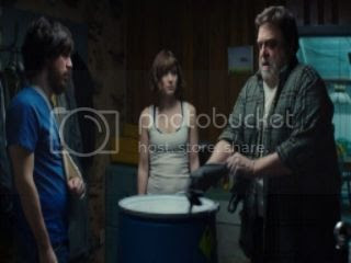photo 10-cloverfield-lane-image-1_1050_591_81_s_c1_zpsbkqfvpmm.jpg