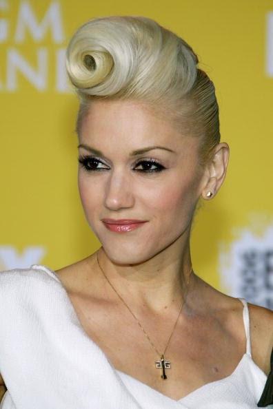 gwen stefani abs. ABS: Gwen Stefani