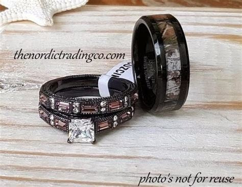 Rustic Wedding Rings Couples Women's Chocolate Engagement
