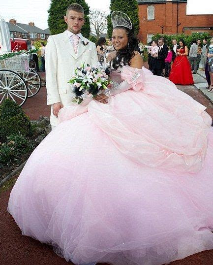 Gypsy Wedding Dresses White 2012. Omg! That is the biggest