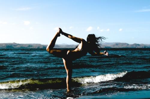 element-air:  #Yoga on the beach!
