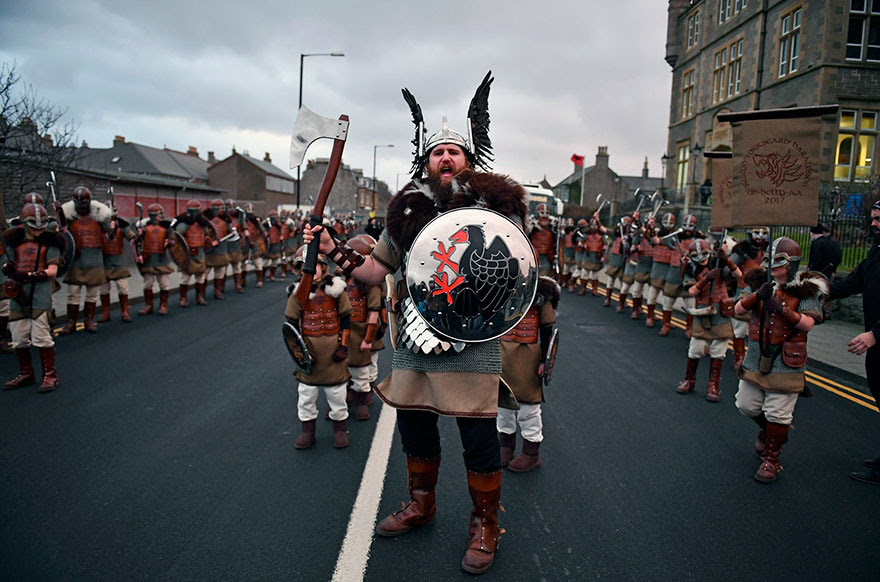 vikings-up-helly-aa-festival-shetland-scotland-12