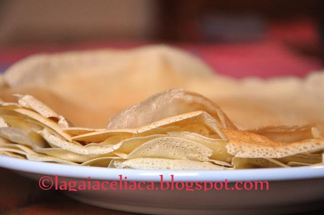 crepes -  the making of - la pila