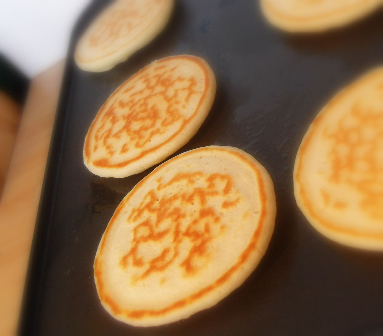 recipe: crumpets pikelets [22]