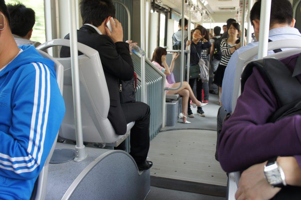 BRT車内