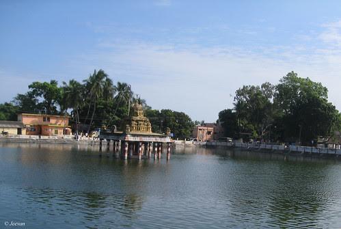 Temple tank, Thiruporur