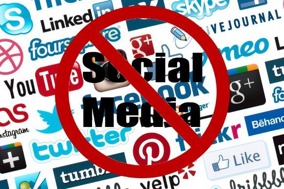 La razón por la que las parejas felices comparten menos en redes sociales