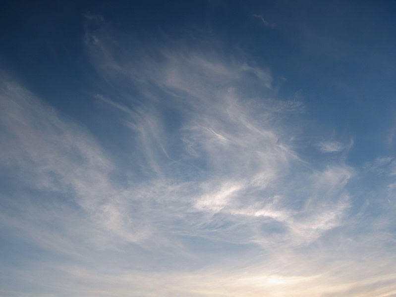 File:Cirrus-clouds-warsaw-may-22-2005.jpg