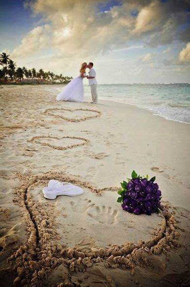 Photos You Must Have   30 Inspirational Beach Wedding