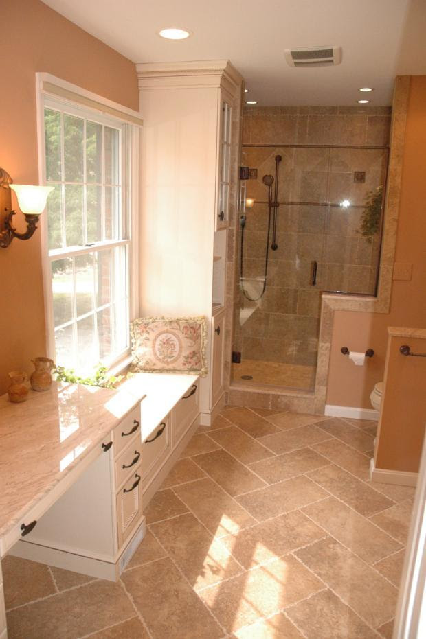 Traditional Bathroom in Sacramento - wood baseboard, white ...