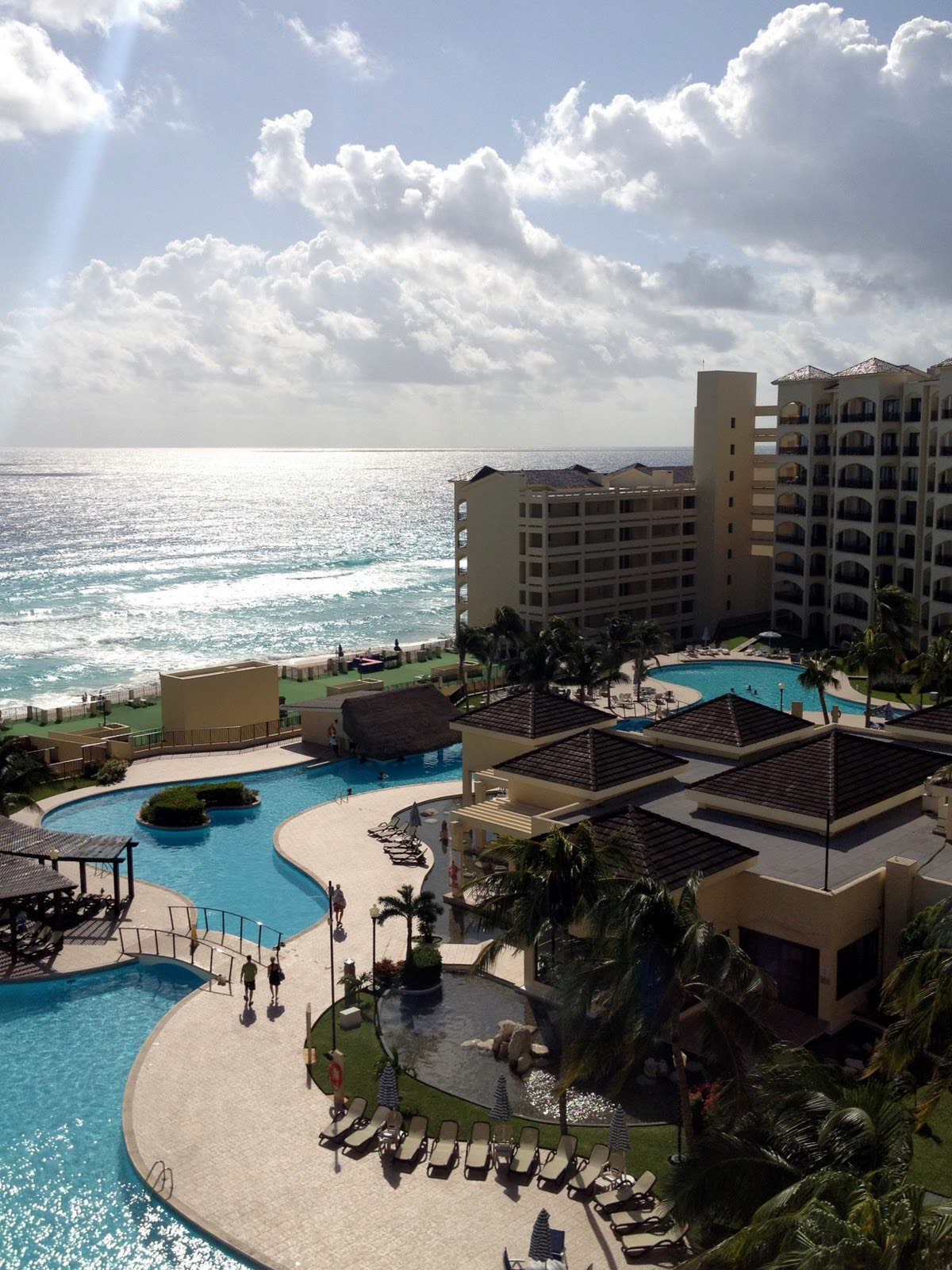 Packed Suitcase  Hotel Review The Royal Resorts in