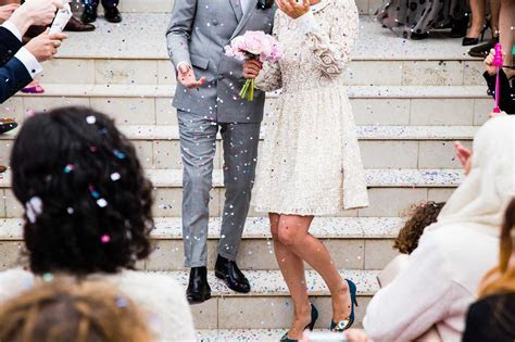 What is a Civil Ceremony Wedding?   Rocket Lawyer