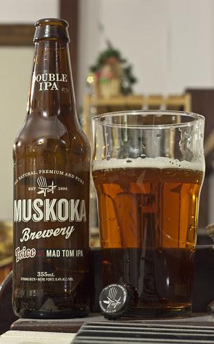 Review: Muskoka Twice as Mad Tom Double IPA by Cody La Bière