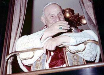 Giovanni XXIII in un treno