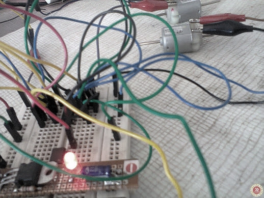 seeker bot breadboard wiring