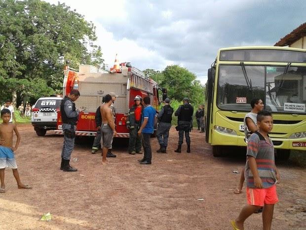 Princípio de incêndio é registrado em coletivo em bairro em São Luís