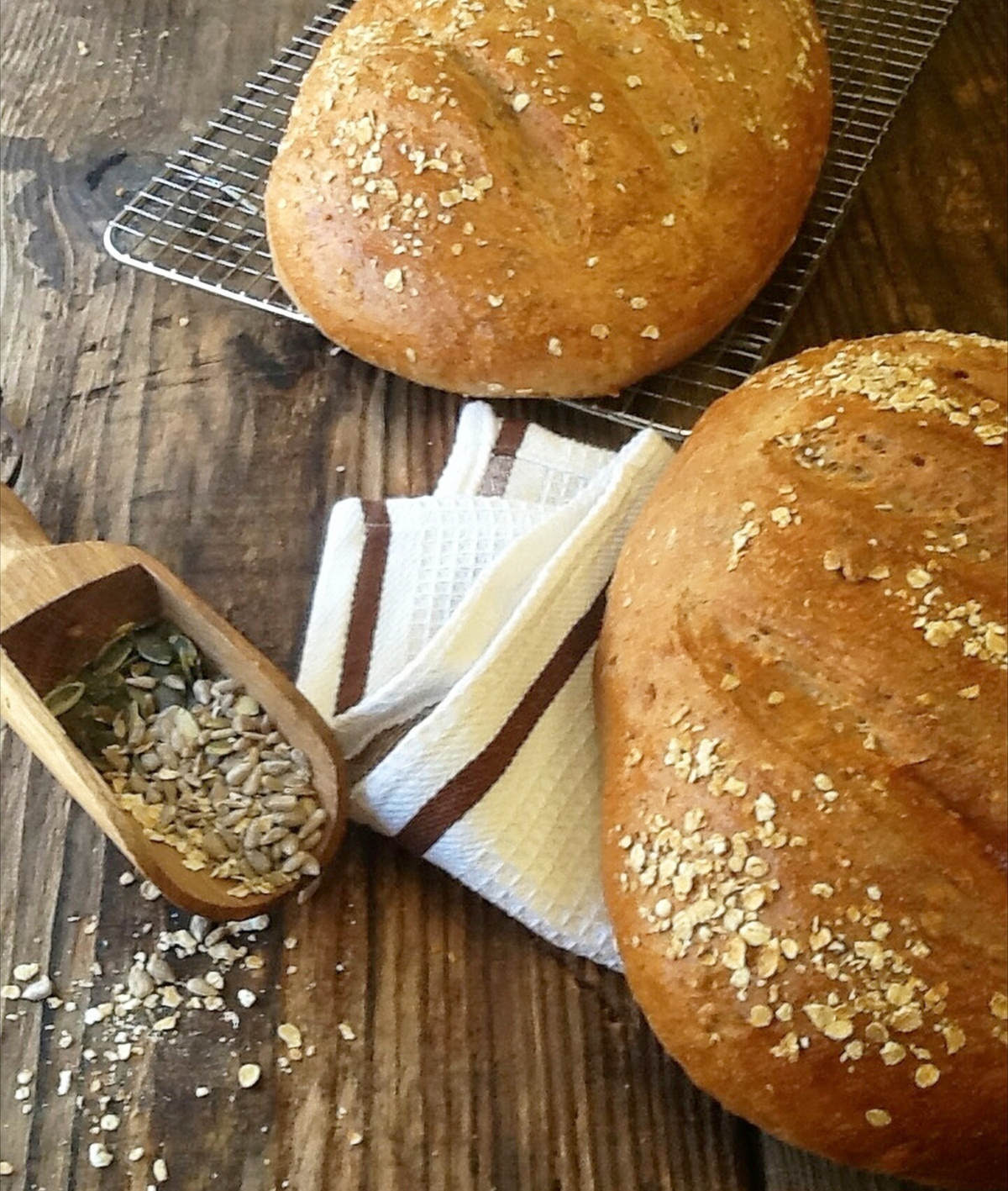 Home Made Multigrain Loaf with easy step by step instructions, you can't beat homemade bread !