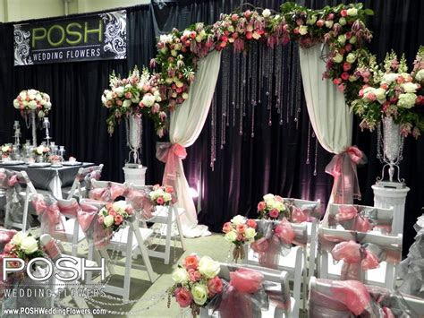 POSH Wedding Flowers booth at the Spring Tacoma Wedding