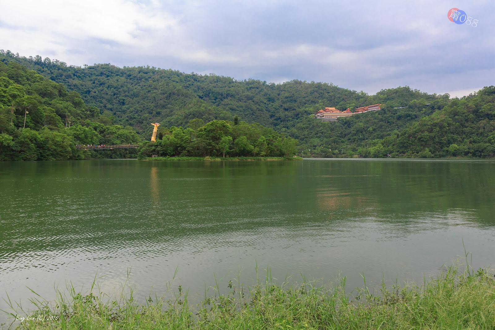 WATER_BING5742_LR