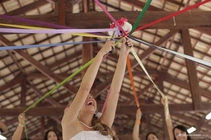 casamento-economico-sem-grana-buque-botoes-colorido (36)