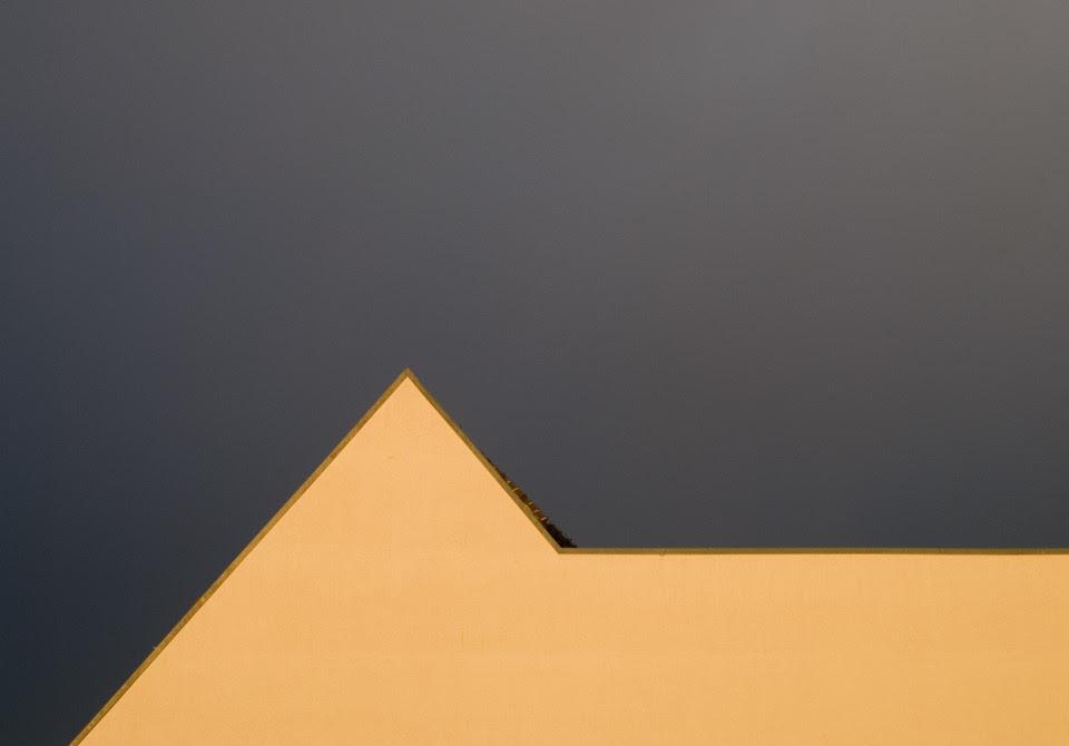 julia schiller @ minimal exposition