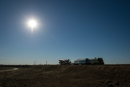 Expedition 36 Soyuz TMA-09M Rollout (201305260017HQ)