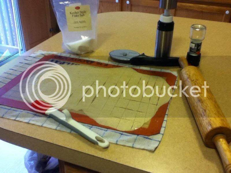 Making crackers photo 556794_10200096270199117_92296618_n.jpg