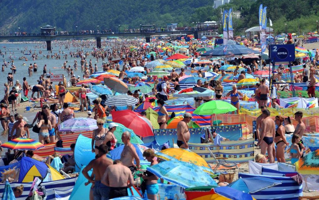 Separadores de espaço na praia, uma tradição polonesa 08