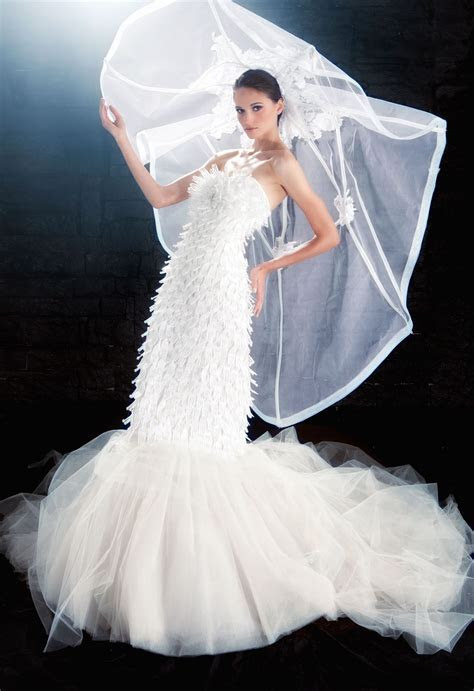 A BInzario sustainable bridal gown made with recycled