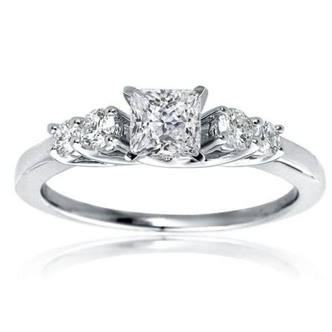 Mazal Diamond : Princess Cut Diamond Engagement Ring with