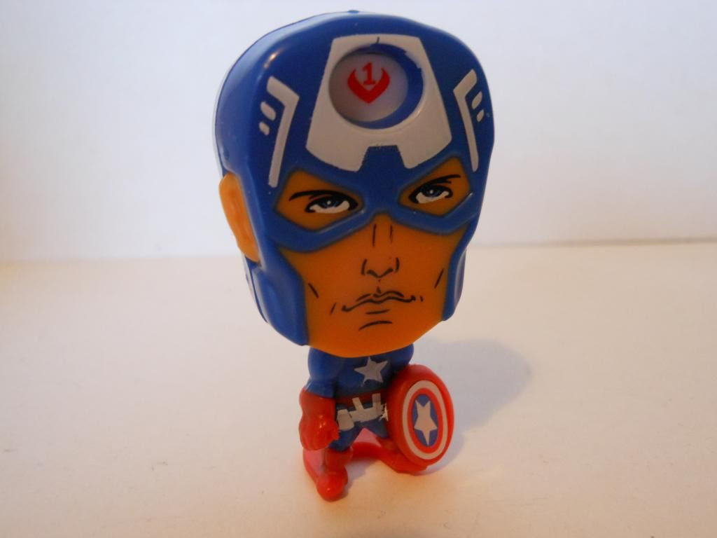 Kinder Surprise Captain America