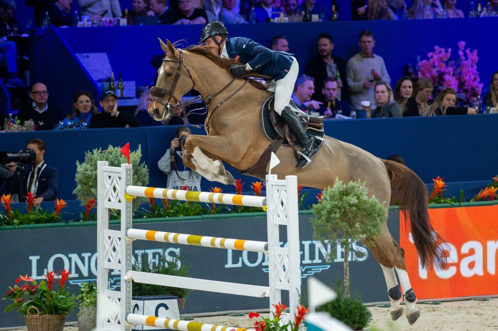 Sauter sans protections pour le cheval