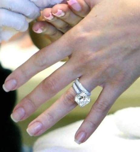 New fashion wedding ring: Khloe kardashian s wedding ring