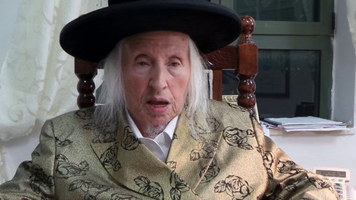 Falece rabino sobrevivente de Auschwitz que serviu de cobaia para Josef Mengele