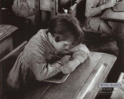Ecole Rurale  Marne j'étais un petite fille comme elle! Moi aussi, mais je ne cachais pas mon travail!