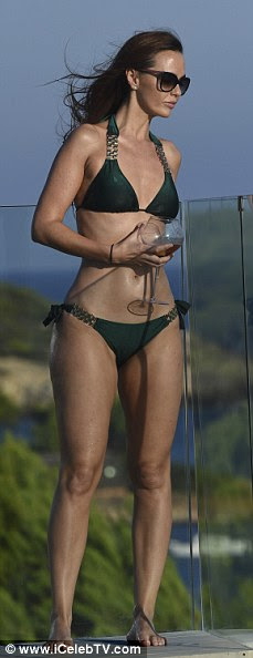 Leggy lady! Jennifer's tanned and toned pins seemed never-ending as she checked out the stunning views