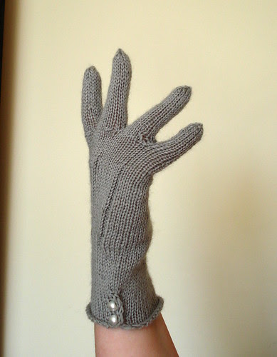 Vintage-inspired fine thin fingering weight sock yarn gloves knit in the round