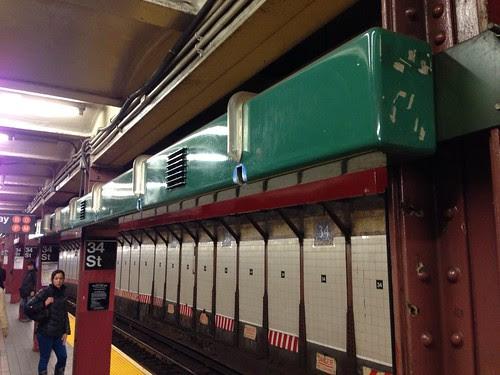 Music box, 34th Street Station