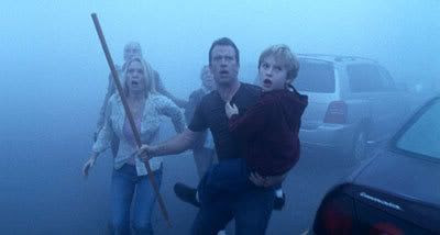 Laurie Holden, Thomas Jane, Nathan Gamble, Jeffrey DeMunn and Frances Sternhagen in THE MIST.