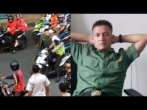 GILA !!! Oknum TNI Marah-marah dan Pukul Polantas di Tengah Keramaian