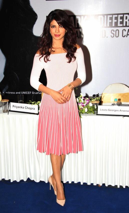Priyanka-Chopra-Bollywood-Indian-Celebrities-Launch-Unicef-Mobile-Application-Photos-8