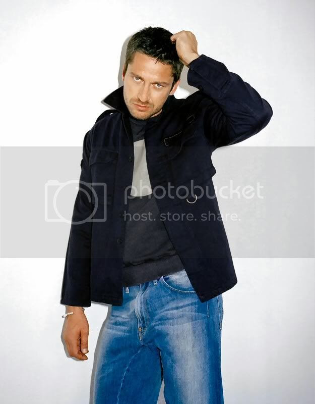 Gerard Butler Hotness Pictures, Images and Photos
