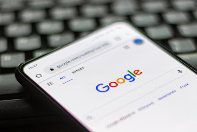 Google mobile search results get 'continuous scrolling' treatment