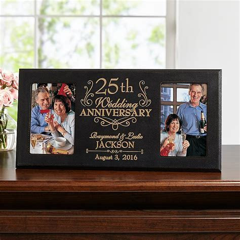 8 Wedding Anniversary Gift Ideas for Every Couple