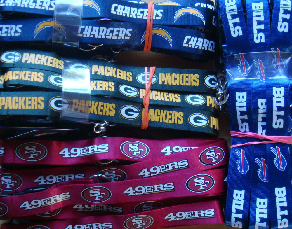 NFL Breakaway Lanyard Keychain TEAM COLOR Official licensed  ALL TEAMS   eBay