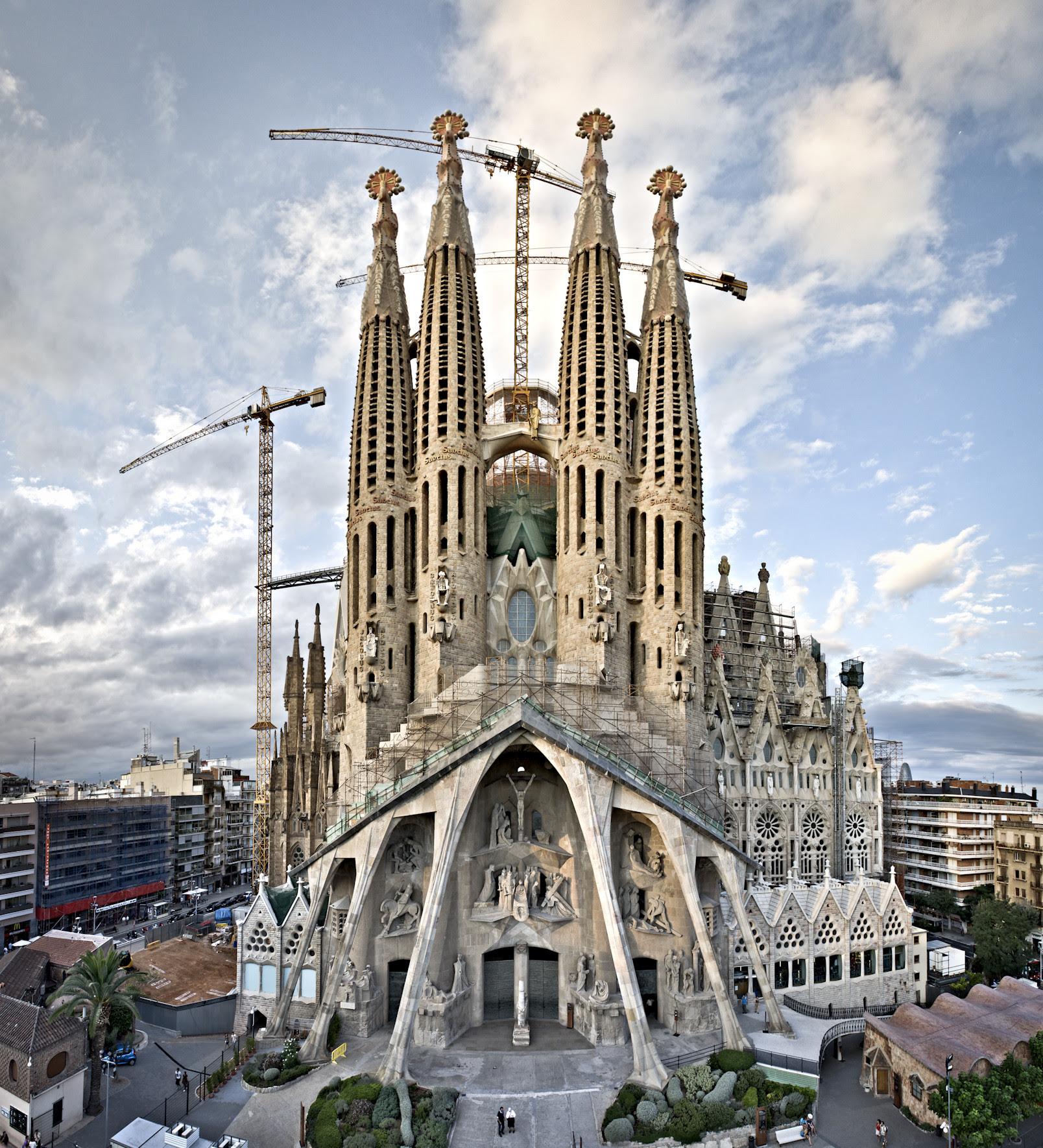 Image result for sagrada familia 2016