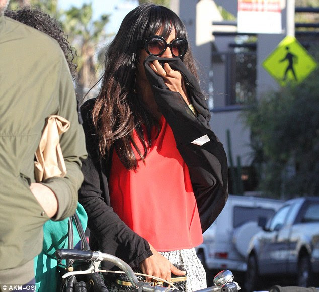 It's My Birthday & I Cry If I Want To! KELLY ROWLAND IN TEARS AFTER LUNCH DATE - Diva Snap.com
