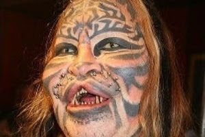 Site confirma morte de Dennis Avner, que ficou conhecido como 'homem-gato'
