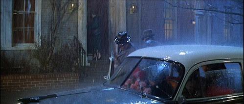 deskset_outsideapt_raining