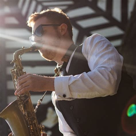 Cool Notes   Solo Saxophonist Merseyside   Alive Network